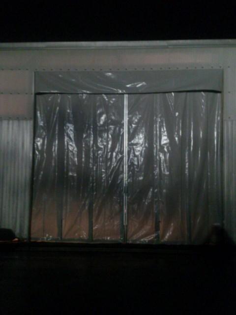 工場入口 芯材カーテン 正面